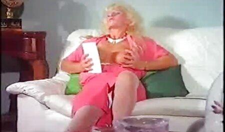 Мила дівчинка секс мами і сина