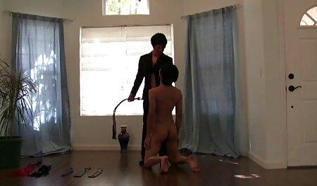 Він секс мами сином виходить з курки