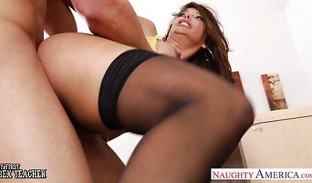 Дві красиві порно мами и сина дівчата з сюрпризами