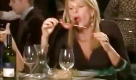 Секс в секс відео мама син машині з блондинкою