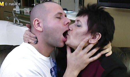 Чоловік, який любить красу порно мама і син відео молодої азіатки