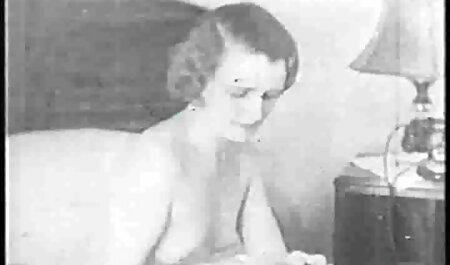 Молода дівчина порно відео мама з сином в тренажерному залі