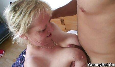 У чотирьох чоловіків велика дупа мати син секс Блондинки.