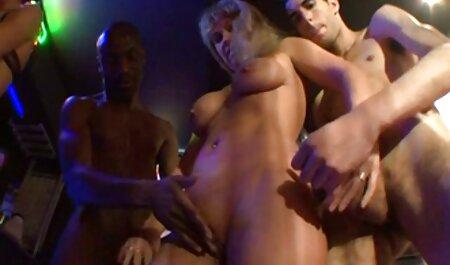 Анчка кінчає трьома членами, сором'язливою син траха маму дівчині в обличчя